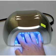 LED лампа за маникюр